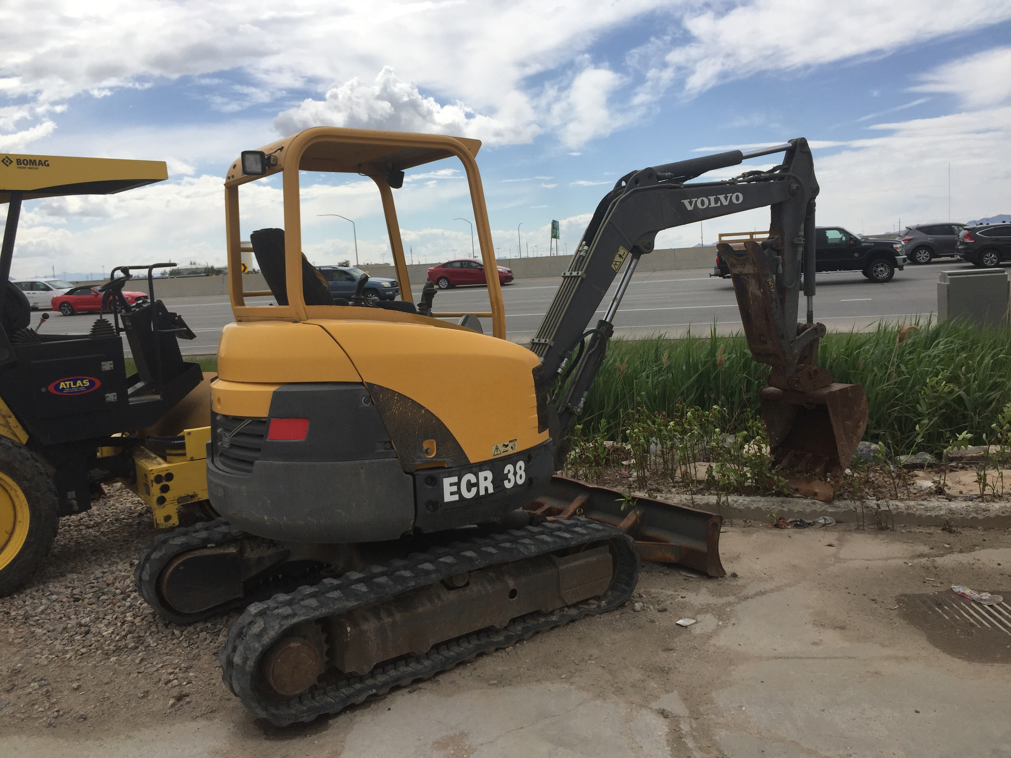 miami loader heavy parts backhoe excavator equipment supply fl volvo wheel